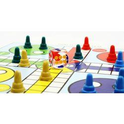 Backgammon, 35x23 cm-es sötétbarna fadobozban, fa korongokkal